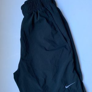 Nike Men's Athletic Shorts Shorter Length Size S